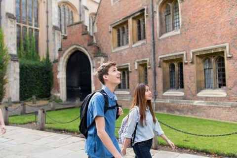 Apprendre l'anglais dans un collèges au Royaume-uni